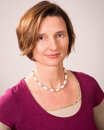 Dr. Eva Urban